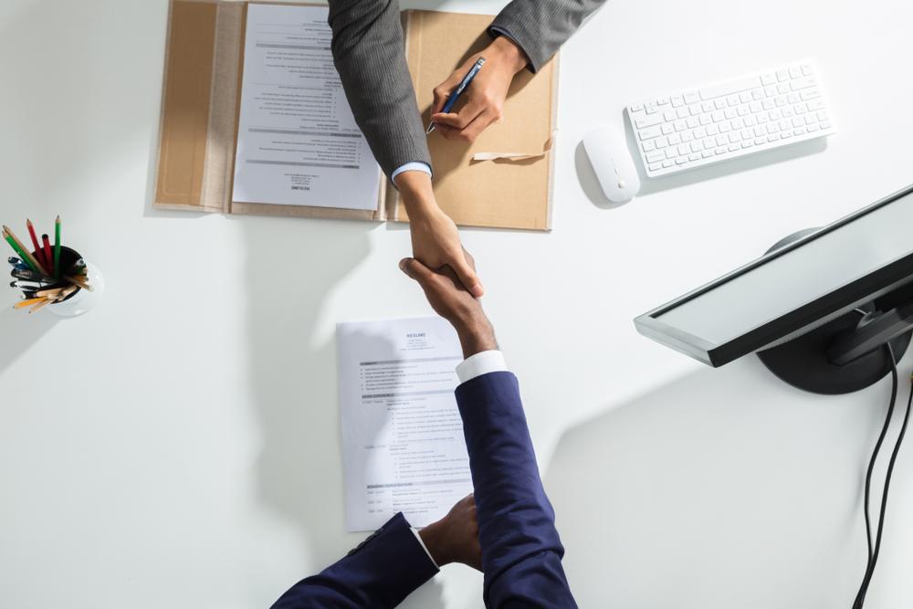 hiring a website broker